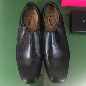 Hush Puppies Quatro black leather slip on loafer